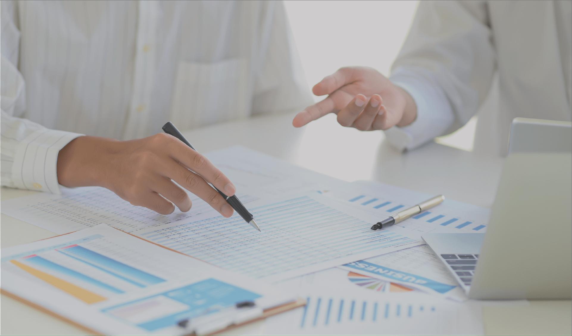 Equipo consultor especialista en finanzas empresariales